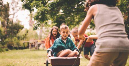 Psiholozi preporučuju djeci da se ljeti dosađuju