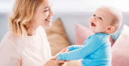 5 savjeta kako kroz igru poticati razvoj bebinog mozga