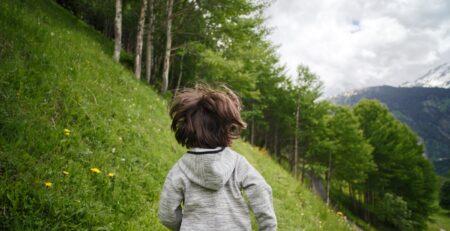 Kako je djeci oduzeta slobodna igra i zamijenjena aktivnostima koje se plaćaju