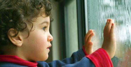 42 poruke za roditelje djeteta kojemu je upravo postavljena dijagnoza autizma