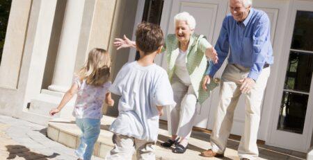 Važnost baka i djedova u djetetovom životu
